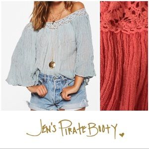 Jen's Pirate Booty Coral Off Shoulder Blouse M/L